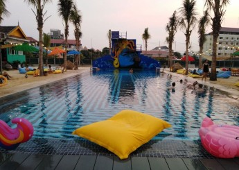 Cambo Beach 2